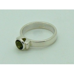 Green Tourmaline Faceted Ring