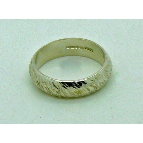 4x2 Textured Ring